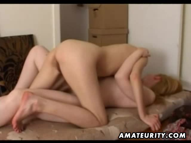 Amateur lesbian girlfriends licking pussies at home