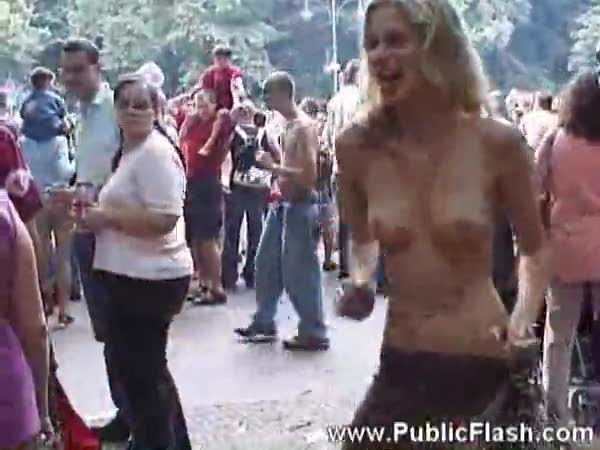 Girls dancing naked in public