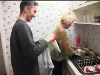 Anally fuck the mom in the laundry room