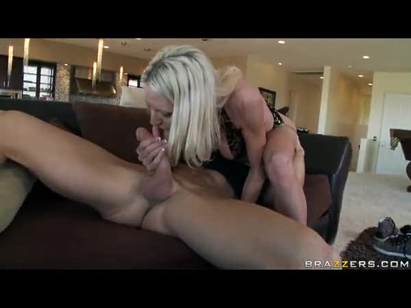 Milf with a great body enjoys the big cock