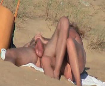 Couple at the beach BJ and sex