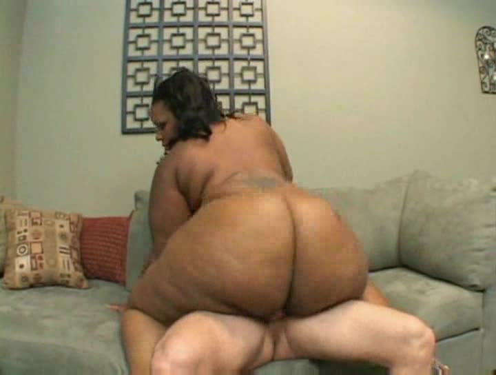 White dick fucking a truly huge black woman