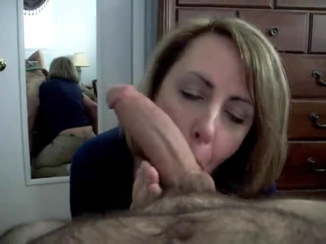 Wife gives blowjob until big cock cums